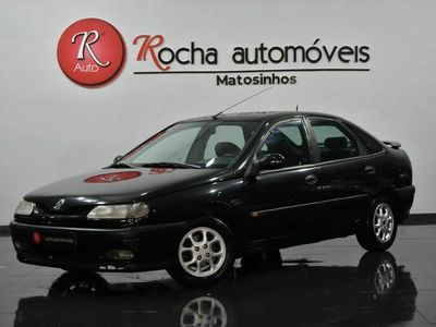 usado Renault Laguna 1.8 93cv