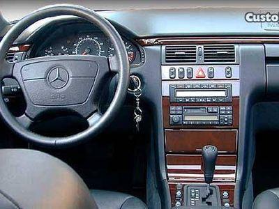 usado Mercedes E300 tdt Elegance -