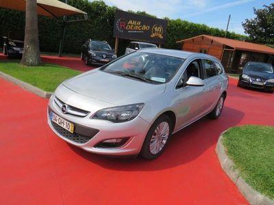 usado Opel Astra Sports Tourer 1.6 CDTi Cosmo S/S