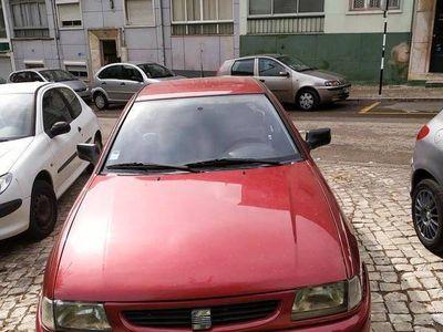 usado Seat Ibiza 1.0 MPI 4 Portas
