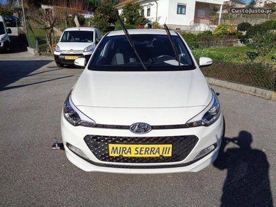 usado Hyundai i20 1.2i 84Cv Ac/Gps