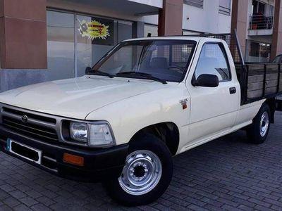 usado Toyota HiLux 2.4d 160000kms