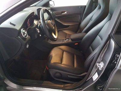 usado Mercedes CLA200 CLA 200aut -