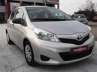 usado Toyota Yaris Active+AC