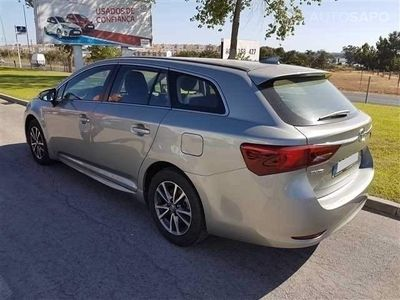 usado Toyota Avensis SW 1.6 D-4D Exclusive