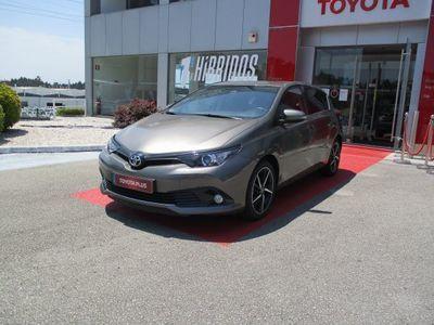 usado Toyota Auris AURISHB 1.4D Comfort + Techno + Pack Sport