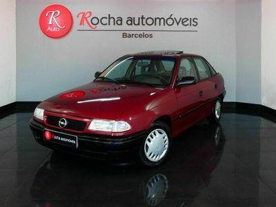 usado Opel Astra 1.4i GLS (82cv) (4p)