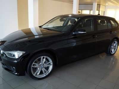 usado BMW 320 Série 3 d Touring xDrive Line Luxury (184cv) (5p)