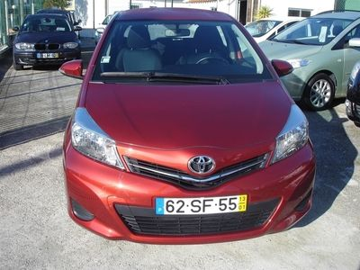 usado Toyota Yaris 1.4 D-4D Active+AC (90cv) (5p)