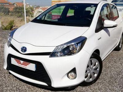usado Toyota Yaris Híbrido 1.5 100 CV CAIXA AUTOMATICA