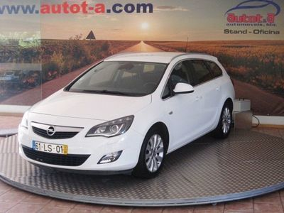 usado Opel Astra Sports Tourer 2.0 CDTI COSMO