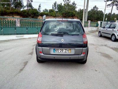 usado Renault Scénic 1.5 DCI 100CV 3999EUR -