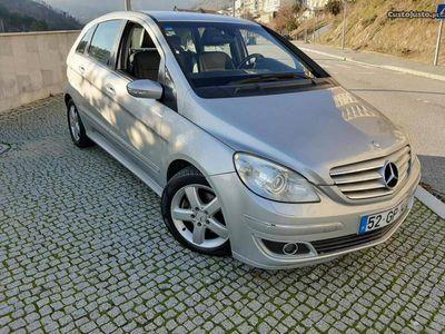 usado Mercedes B200 Full extras GPS!