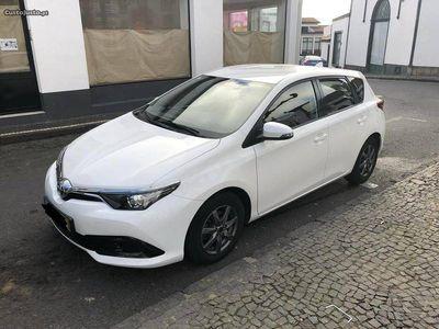 usado Toyota Auris 1.4