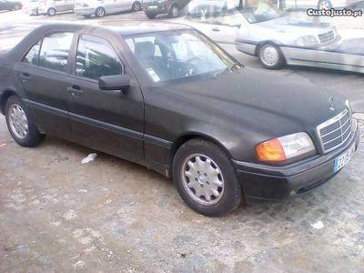 usado Mercedes C200 classic -