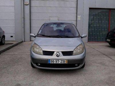 usado Renault Scénic 1.5DCi Desocupar