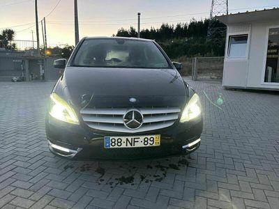 usado Mercedes B180 ---