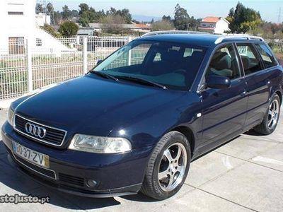 usado Audi A4 2.5 TDI Desporto