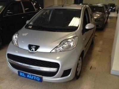 usado Peugeot 107 1.0 Black and Silver E5