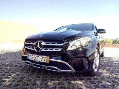 usado Mercedes GLA180 Urban novo modelo