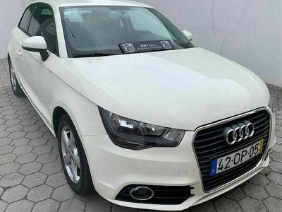 usado Audi A1 1.6 TDI 105cv