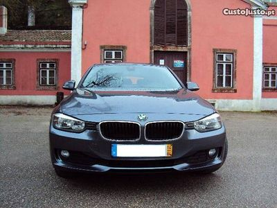 usado BMW 318 d Touring Navigation -