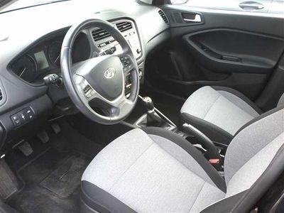 usado Hyundai i20 1.2 Comfort+Pack Luz+JLL16