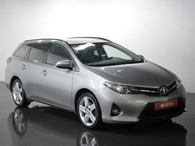 usado Toyota Auris Touring Sports 1.4 D-4D Comfort + Pack Sport