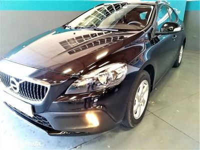 used Volvo V40 CC D2 KINETIC GEARTRONIC 2.0 - 120 CV