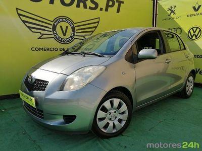 usado Toyota Yaris 1.0 VVT-i Rock in Rio (69cv) (5p)