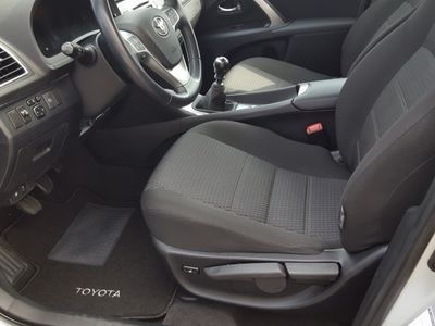 usado Toyota Avensis SEDAN 2.0 D-4D EXCL+NAVI
