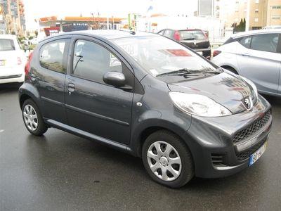 usado Peugeot 107 1.0i Trendy (68cv) (4 lug) (5p)