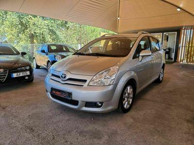usado Toyota Corolla Verso 2.2 D-4D 136 CV 7 lugares IUC Antigo