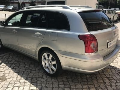 used Toyota Avensis SW - 2.0 D4D - Financiamento - Nacional - Garantia