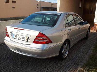 usado Mercedes C320 avanguard