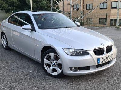 usado BMW 320 d Coupe Nacional tecto Abrir