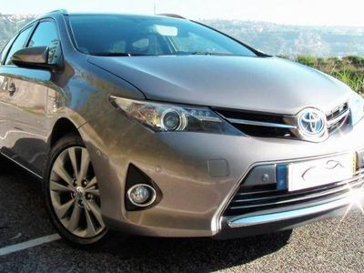 usado Toyota Auris Touring Sports HSD