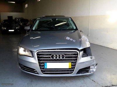 second-hand Audi A8 4.2 sinistrado -