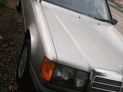 usado Mercedes E230 230