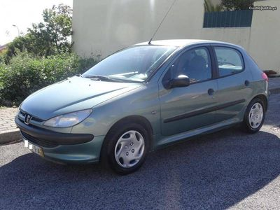 used Peugeot 206 1.1 Poucos Kms