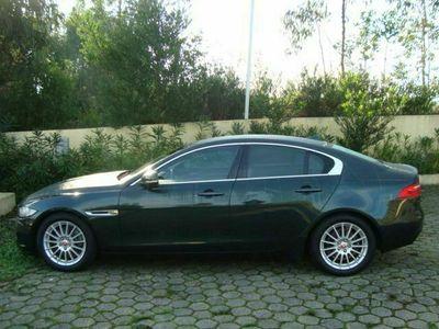 usado Jaguar XE 2.0 D Prestige Aut.