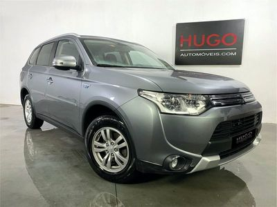 usado Mitsubishi Outlander 2.0 PHEV 4WD CVT 5P Business Edition X-Line IVA DEDUTIVEL