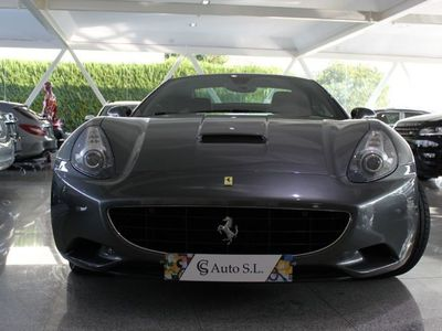 usado Ferrari California ---