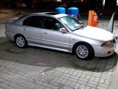 usado Mitsubishi Carisma 1.9 top de gama -