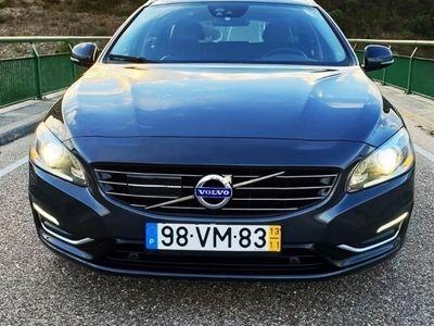 usado Volvo V60 2.4 D6 Summum AWD Phev (220cv) (5p)