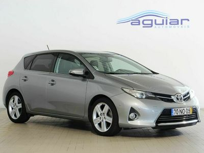 usado Toyota Auris 2.0 D-4D Exclusive+Skyview