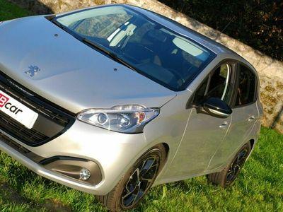 usado Peugeot 208 Puretech-Allure GPS