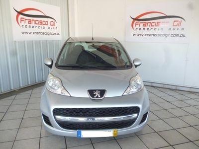 usado Peugeot 107 1.0 BLACK&SILVER (5P)