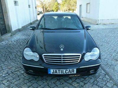usado Mercedes C220 ClasseCDi Avantgarde (143cv) (4p)