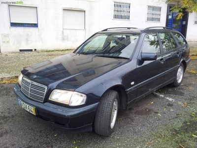 usado Mercedes C220 ClasseCDi Classic